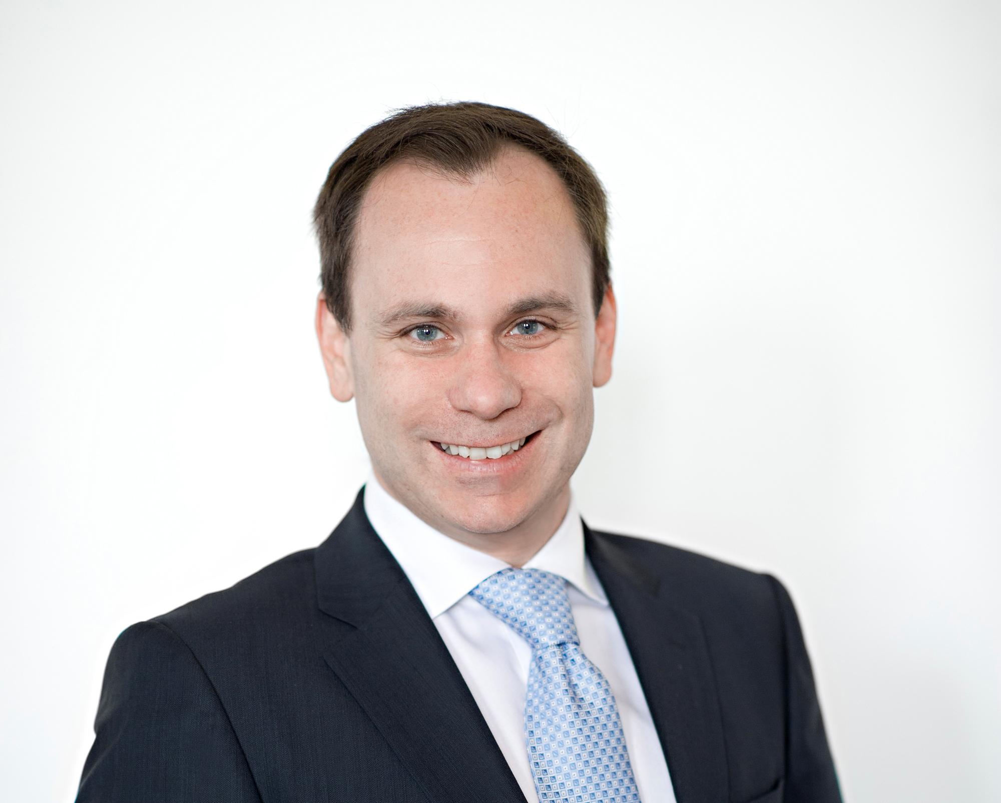 Volker Ullrich salary