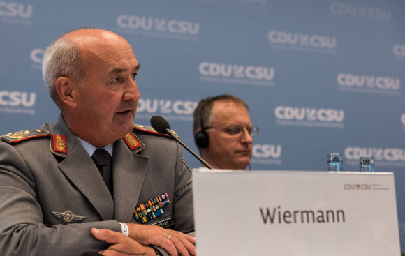 Generalleutnant Hans-Werner Wiermann European Union Military Committee